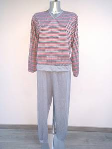 Bilde av Pysjamas stripete i bomull/polyester m 2